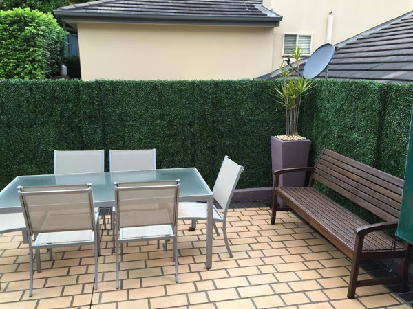 artificial-hedges-mats-for-patio-screen