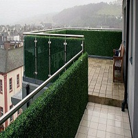 Artificial boxwood hedge for ground floor balcony screening